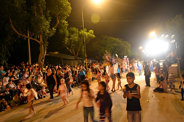 Carnavales 9Julio01-1